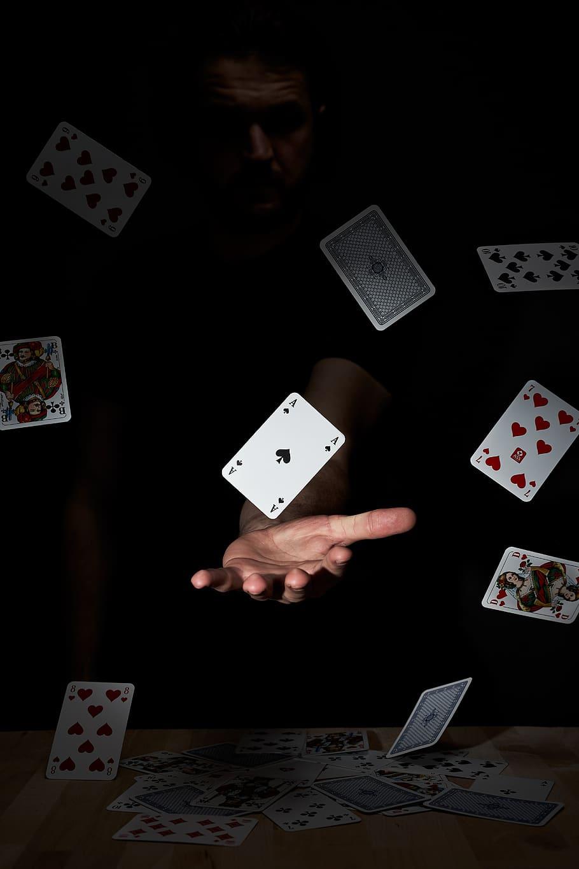 پوکر فیس Poker Face